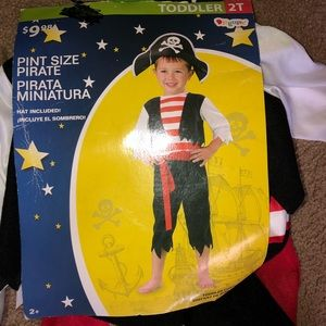 NWT costume Pint size pirate size 2T